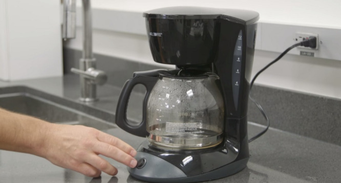 How Much Energy Does a Coffee Maker Use?