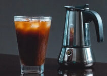 Does Heating Cold Brew Coffee Make It Acidic?